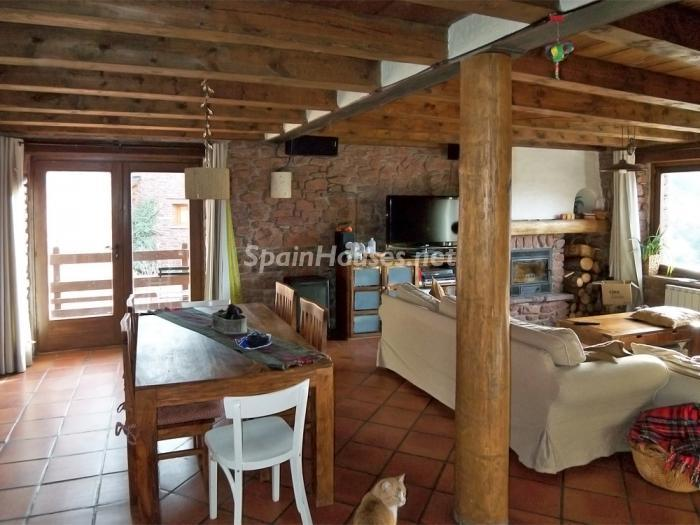 28983790 1285153 foto28049150 - Country House for sale in the Pyrenees, Lleida Province