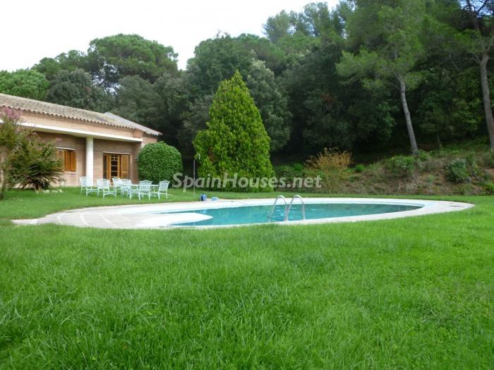 3 House for sale - Large Mountain House For Sale in Caldes de Montbui (Barcelona)