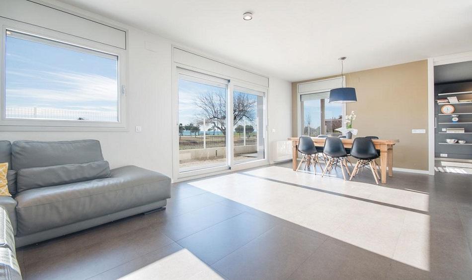 3. Beach house in Cambrils Tarragona 1 - For Sale: Beach House in Cambrils, Tarragona