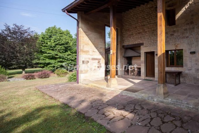 3. Country house for sale in Castañeda, Cantabria