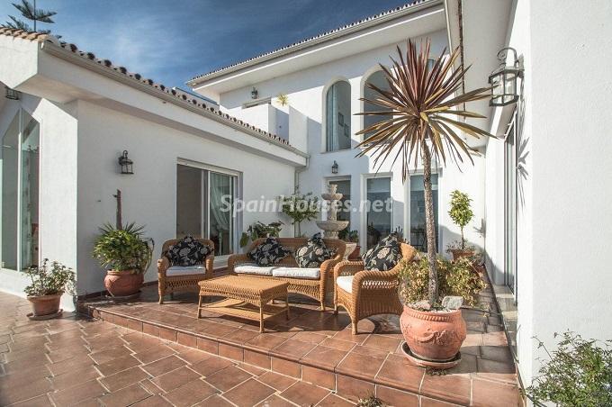 3. Detached villa for sale in Benalmádena Costa Málaga - Bright Detached Villa for Sale in Benalmádena Costa (Málaga)
