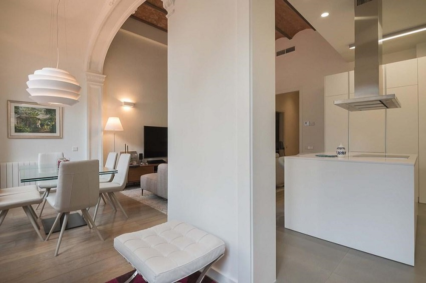 3. Flat for sale in Eixample Barcelona - For sale: Apartment in Eixample, Barcelona city centre