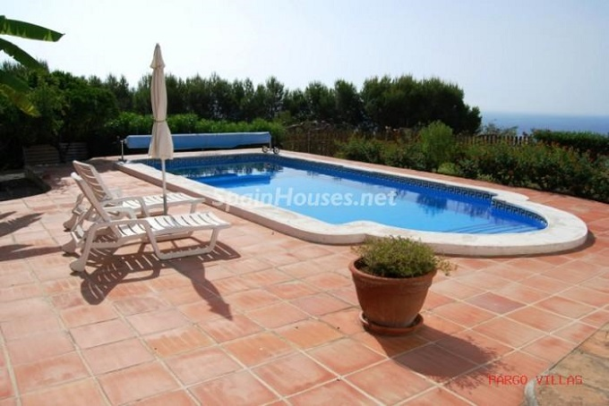 3. Holiday rental villa in Salobreña