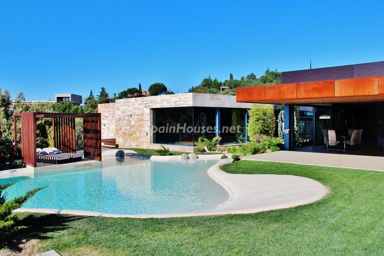 3. House for sale in Las Rozas de Madrid 1 - Luxury Villa for Sale in Las Rozas de Madrid