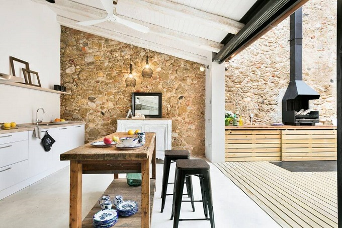 3. House in Girona by Home Deco - Stylish House in Girona designed by Home Deco