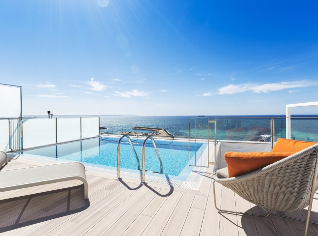 3. Portixol Penthouse by Bornelo Interior Design - Penthouse in Palma de Mallorca designed by Bornelo