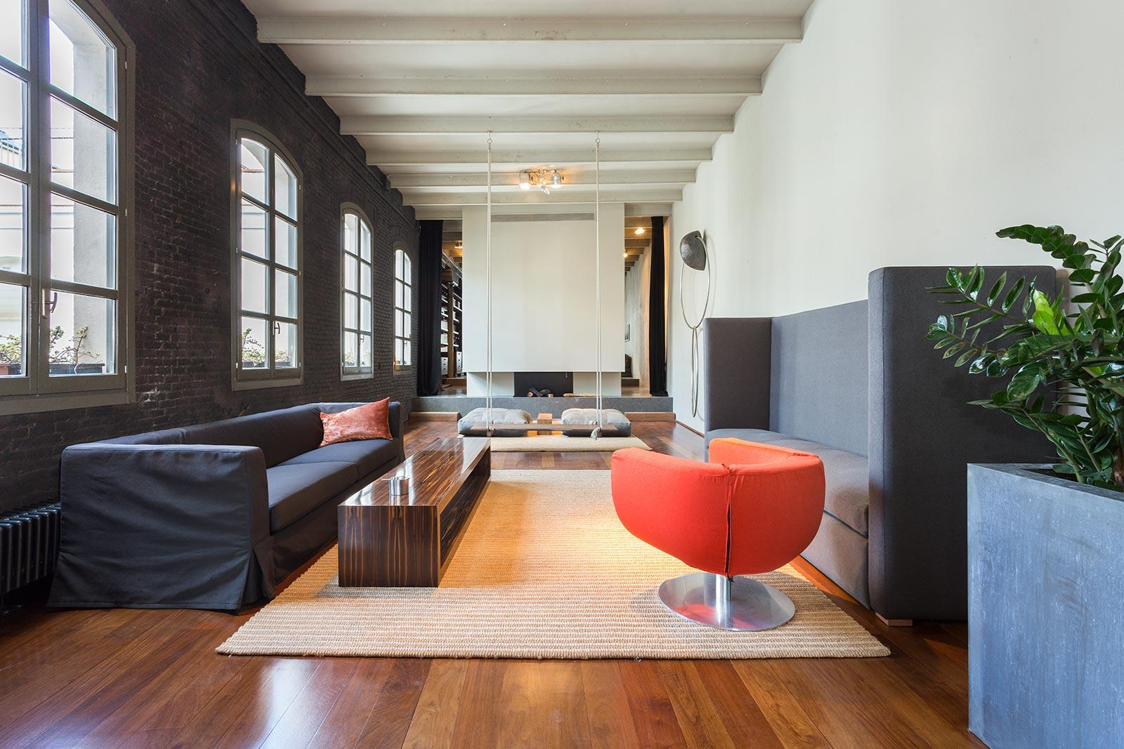3. Stylish apartment for sale in Barcelona city - Step Inside A One-Of-A-Kind Barcelona Apartment