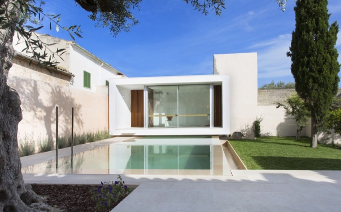 3. Swimming Pool and Studio Joan Miquel Segui & Tono Vila