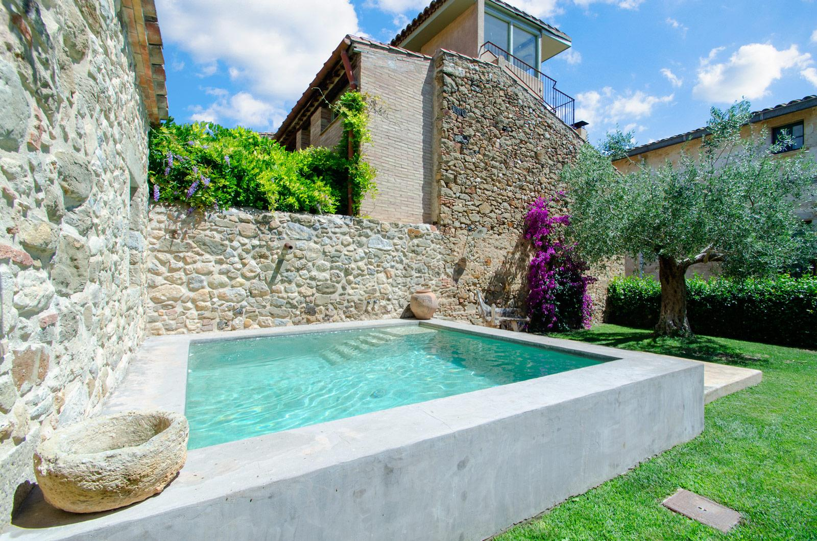3. Villa for sale in Girona - Traditional Masia, Catalonia country house, for sale in Girona