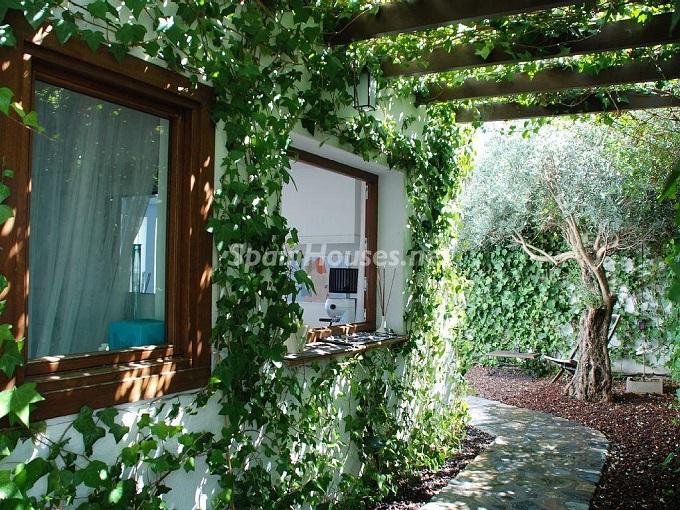 3. Villa for sale in La Herradura, Granada