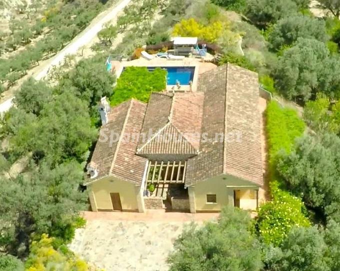 3. Villa for sale in Lecrín (Granada)
