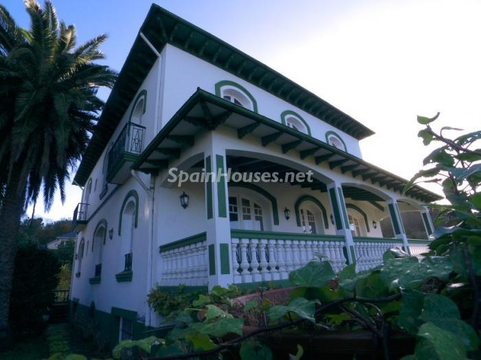 320 - House from the First Half of the 20th Century for Sale in Asturias