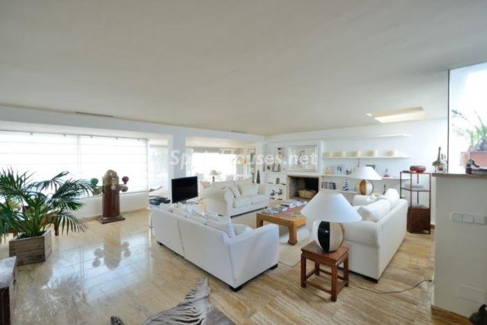 321 - Stylish Penthouse for Sale in Ibiza, Balearic Islands