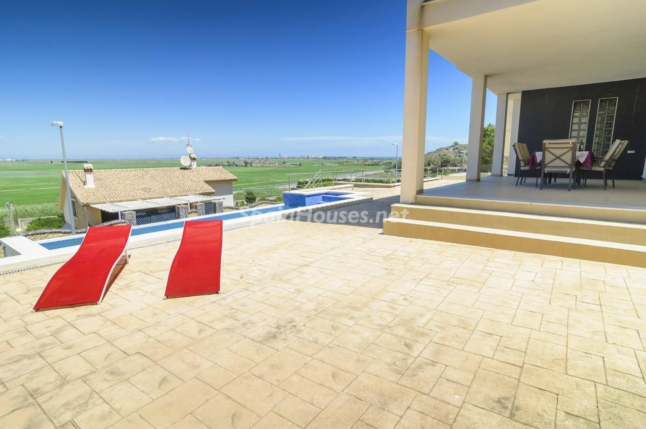 32282201 1936685 foto56670779 - Find your dream home in Spain: these ones are close to the beach!