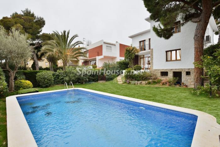 325 - Fabulous Holiday Rental in Sitges (Barcelona)