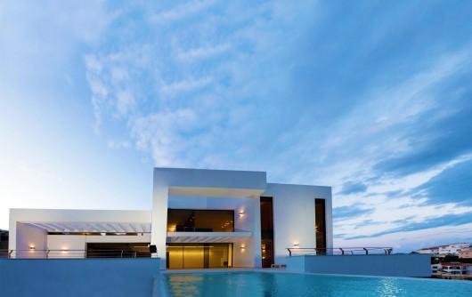 332 - Mediterranean Pearl by Architect Carlos Gilardi