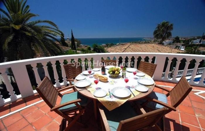 349 - Large Detached House for Sale in Benalmadena, Costa del Sol