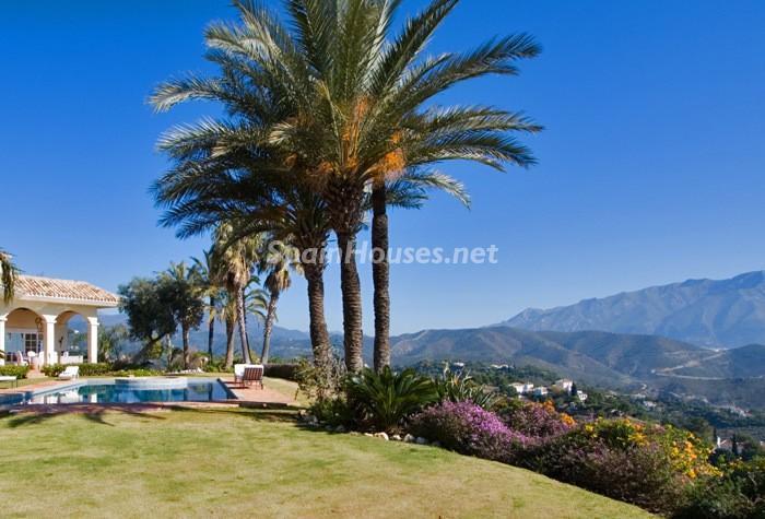 354 - Beautiful Villa for Sale in Benahavís, Málaga