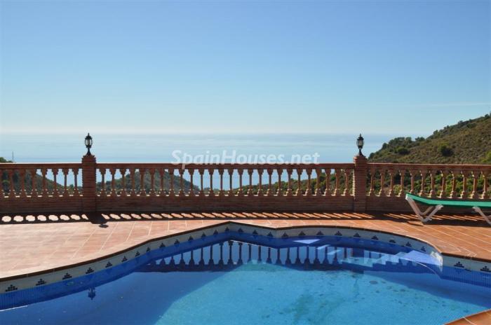355 - Holiday rental detached villa in Nerja (Málaga)