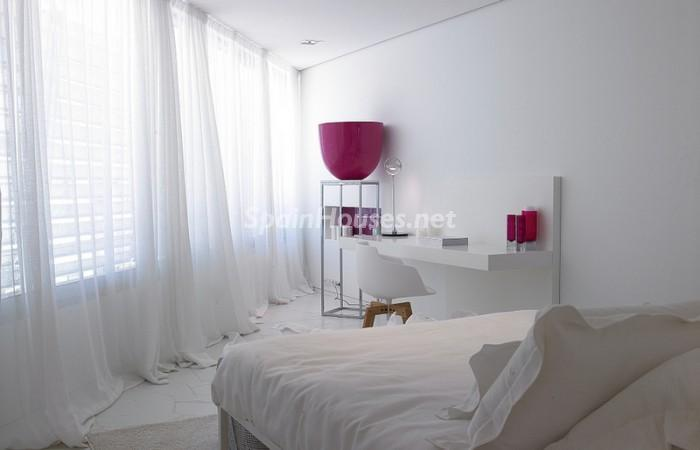 3574676 1237839 foto26296211 - Luxurious Flat for Sale in Ibiza, Balearic Islands