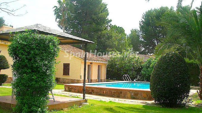 35930399 1894253 foto 106536 e1485345945730 - 6 Homes to rent in Spain, under €790 per month