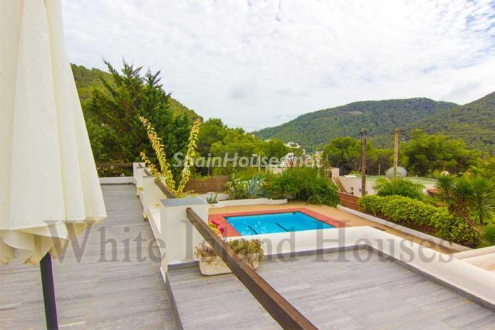 364 - White and Minimalist Villa for Sale in Ibiza, Balearic Islands