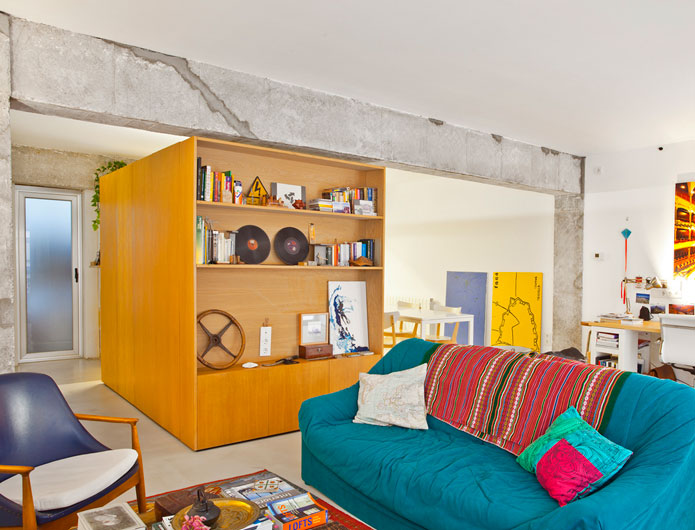 4. Apartment Refurbishment by vilaseguiarquitectos.com
