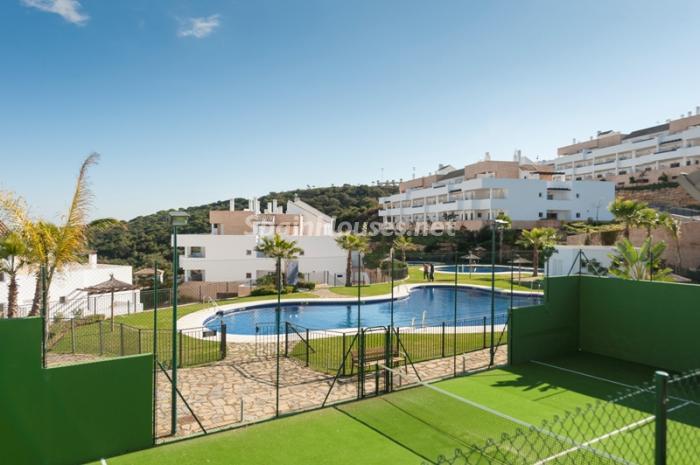 4. Apartment for sale in Alcaidesa - Spectacular Apartment for Sale in Alcaidesa,  Cádiz