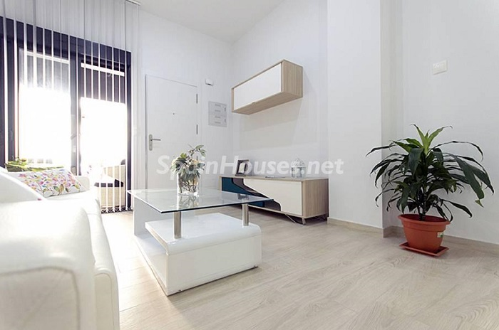 4. Apartment for sale in Torrevieja Alicante - Beach Apartment for Sale in Torrevieja (Alicante)
