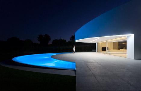 4. Balint House - Balint House by Fran Silvestre Arquitectos in Bétera (Valencia)