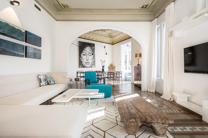 4. Flat in Eixample, Barcelona, by Squad One