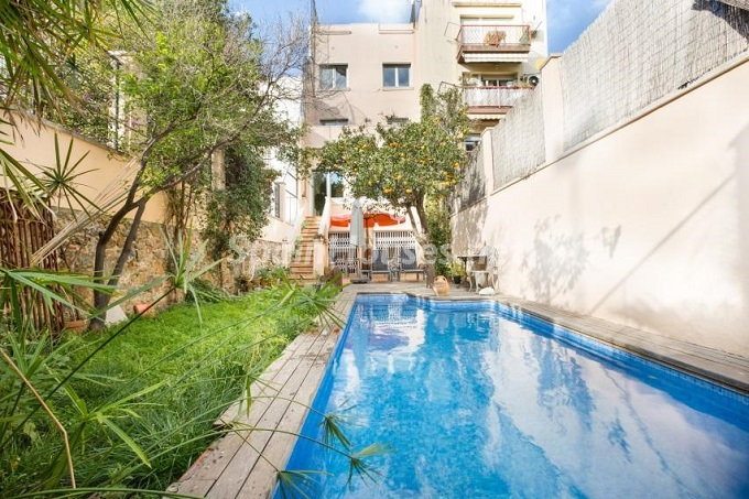 4. Home in Gràcia Barcelona - For Sale: Terraced house in the heart of Barcelona city