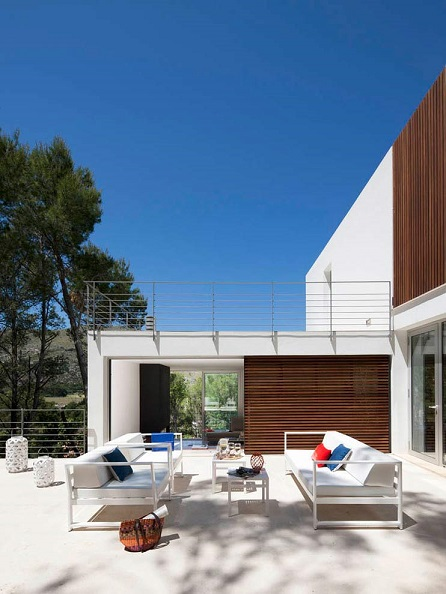 4. House G138 by LF91 - Modular House in Mallorca designed by LF91