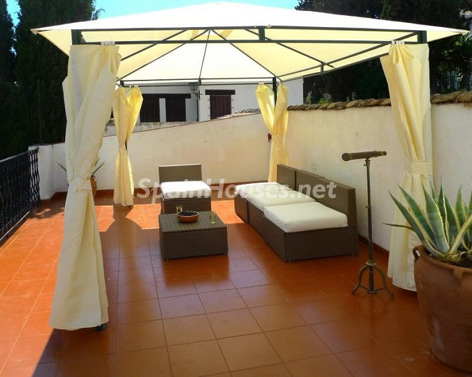 4. House for sale in Granada 3 - For Sale: House in Granada with unbeatable views to the Alhambra