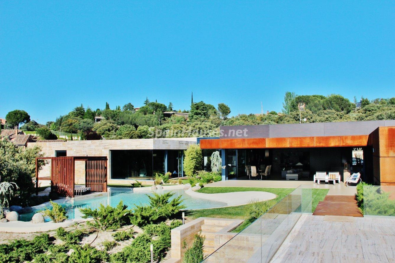 4. House for sale in Las Rozas de Madrid 1 - Luxury Villa for Sale in Las Rozas de Madrid