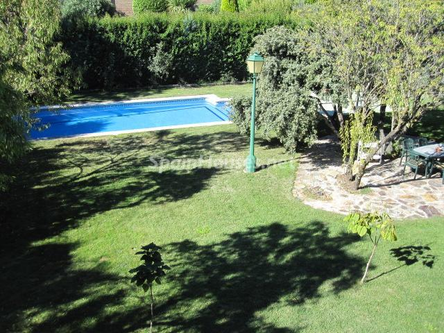 4. House for sale in Madrid - Classic Style Chalet for Sale in Boadilla del Monte, Madrid