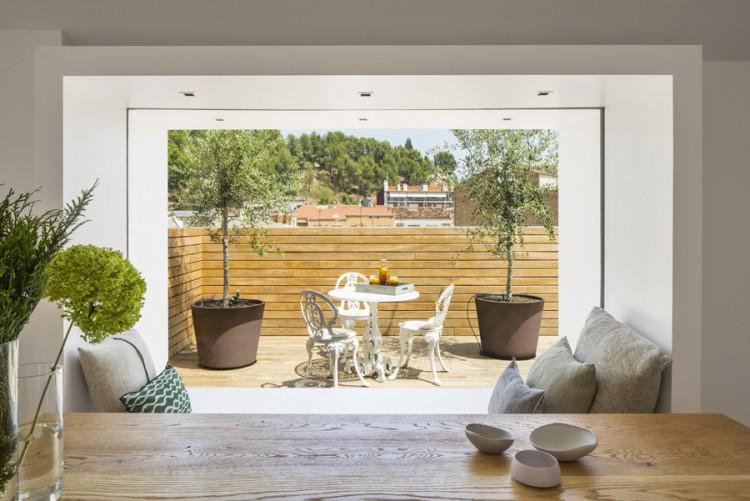 4. House in Barcelona by Susanna Cots e1448441056437 - Maison de Vacances, Barcelona, by Susanna Cots Interior Design