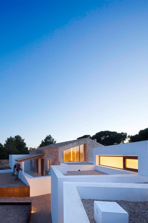 4. House in Formentera e1438155885612 - House in Formentera, Balearic Islands, by Marià Castelló