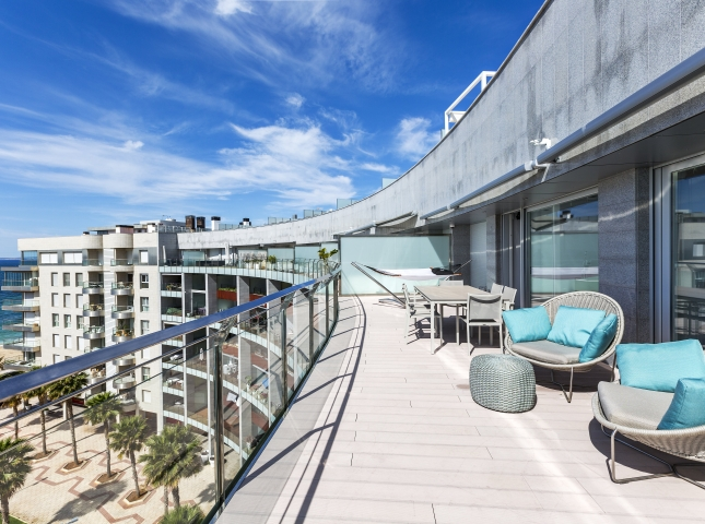 4. Portixol Penthouse by Bornelo Interior Design - Penthouse in Palma de Mallorca designed by Bornelo
