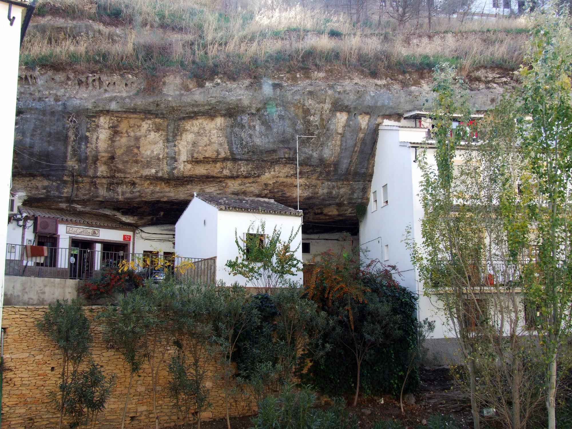 4. Setenil de las Bodegas - Living Under a Rock: Setenil de las Bodegas, Cádiz