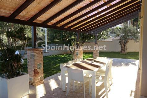 4. Villa for sale in Dénia - Fantastic Detached Villa for Sale in Dénia, Alicante