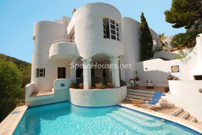 40587 606111 foto8846393 - Fantastic villa for sale in Sant Josep de sa Talaia (Baleares)