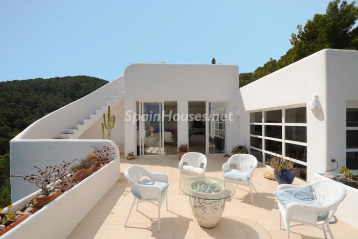 40587 606111 foto8846396 - Fantastic villa for sale in Sant Josep de sa Talaia (Baleares)