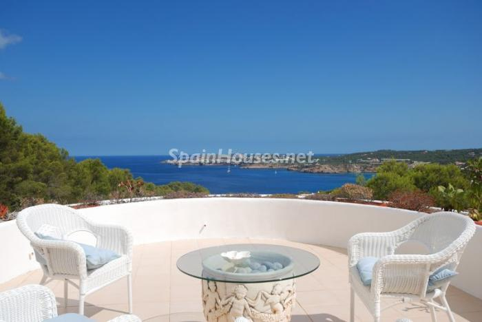 40587 606111 foto8846397 - Fantastic villa for sale in Sant Josep de sa Talaia (Baleares)