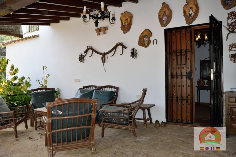 41106910 1978062 foto58297536 - Are you looking for the perfect Andalusian style house? Here are the authentics
