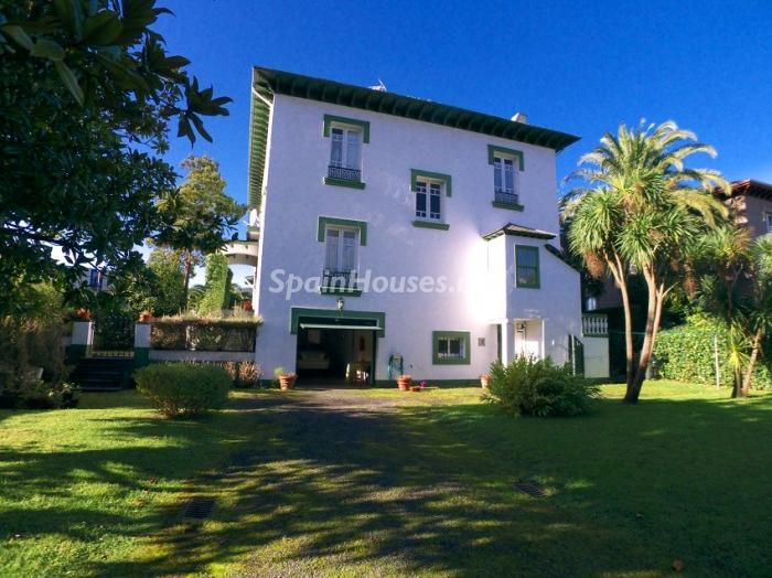 420 - House from the First Half of the 20th Century for Sale in Asturias