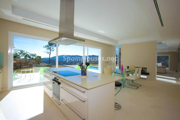 439 - Luxury Villa for Sale in Benahavis, Costa del Sol