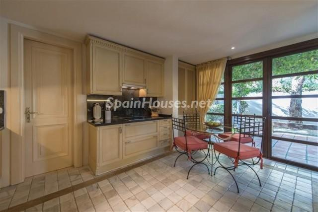 4476854 1240662 foto 722770 - Exclusive Villa for Sale in Benahavis, Costa del Sol