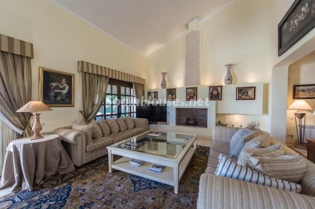 4476854 1240662 foto 761893 - Exclusive Villa for Sale in Benahavis, Costa del Sol