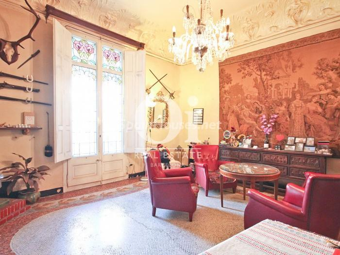 450 - Luxurious modernist apartment for sale in Barcelona